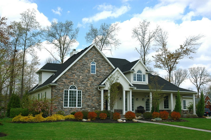 Reasons Why Homeowners Love to Live in Luxury Single Family Homes
