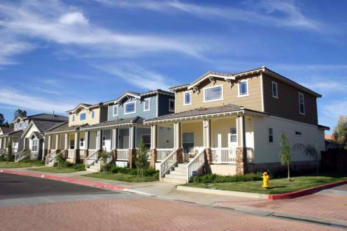 Choosing Between Single Family Homes and Multi-Units